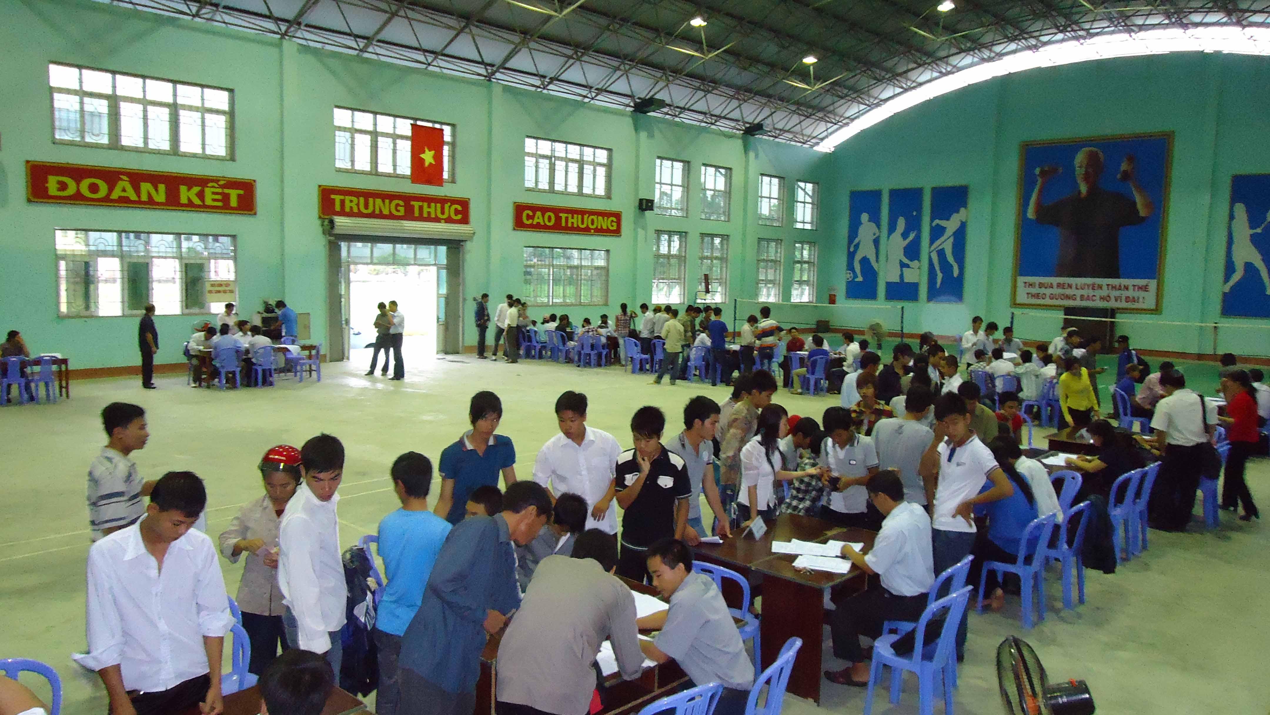 Chào mừng các tân Học sinh – sinh viên tựu trường