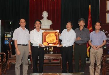 Trường Cao đẳng nghề Công nghệ và Nông lâm Phú Thọ  về thăm trường