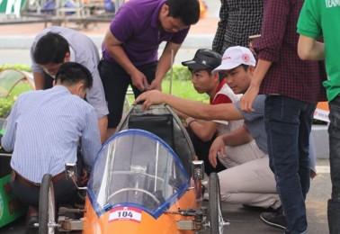 Tham gia cuộc thi Lái xe sinh thái, tiết kiệm nhiên liệu – trường Cao đẳng nghề Cơ giới Ninh Bình tiếp tục khẳng định vị thế